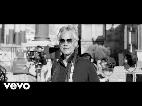 Andrea Bocelli - Moon River (From 'Breakfast At Tiffany's')