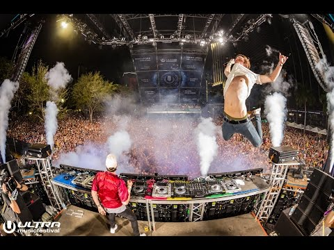 The Chainsmokers - Live at Ultra Music Festival 2016