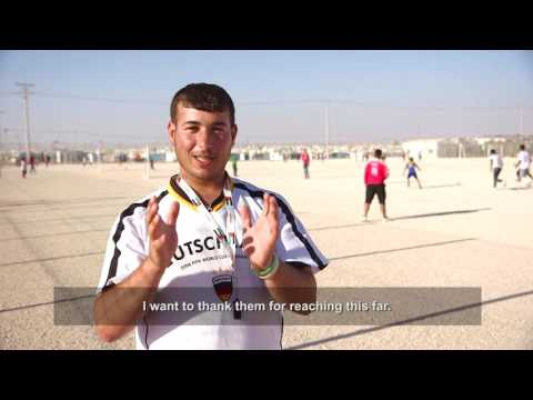 Football coach at Za'atari refugee camp sees inspiration in #TeamRefugees.
