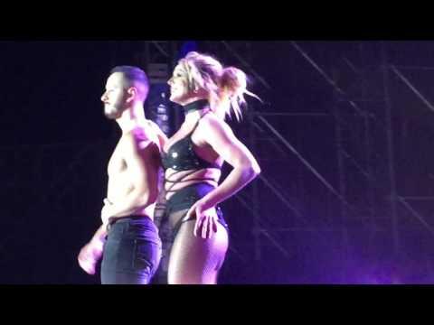 브리트니 스피어스 내한 Britney Spears - Slumber Party (17.06.10)