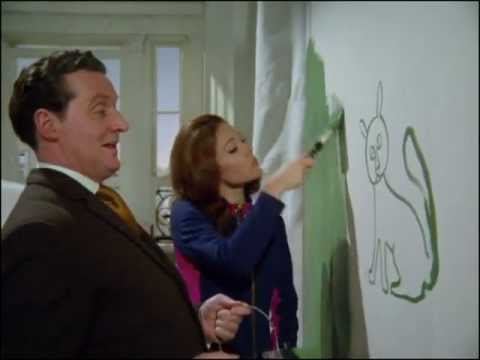 Youtube video - Steed helps Emma redecorate her flat, but ends up stepping in a tray of paint