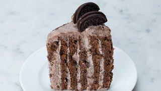 Vertical Layered Cookies & Cream Cake