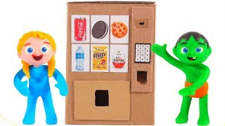 KIDS BUILD A VENDING MACHINE WITH CARDBOARD ❤ PLAY DOH CARTOONS FOR KIDS