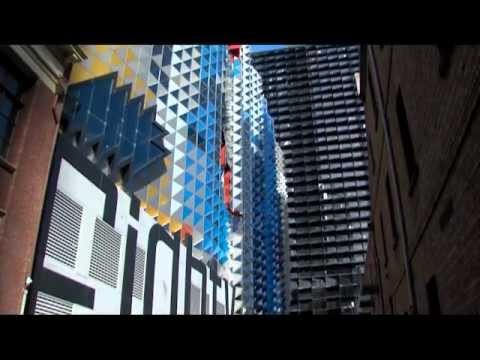 Swanston Academic Building at RMIT, Melbourne, Australia.mp4