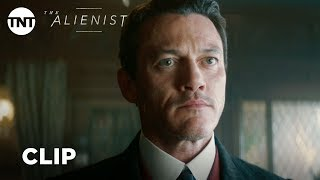 The Alienist: I Have Something to Show You - Season 1, Ep. 4 [CLIP] | TNT