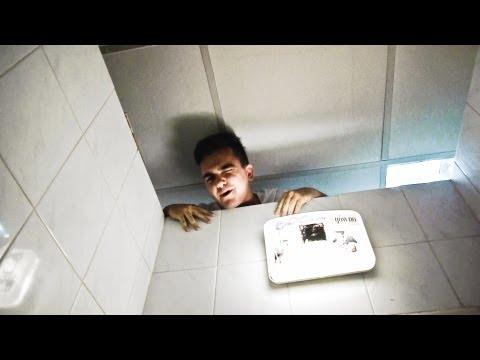 Czego NIE robić w publicznej toalecie?