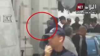 لحظة وصول أويحيى إلى محكمة سيدي امحمد للمثول أمام قا ...