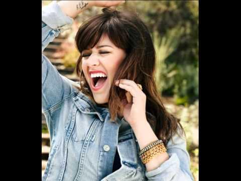 Baixar Kelly Clarkson - Princess Of China (Coldplay/Rihanna cover) (BBC Radio 1 Live Lounge) June, 2012