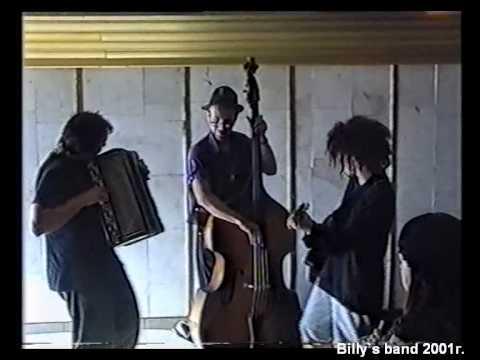 Billy`s band выступают в переходе, 2001 год