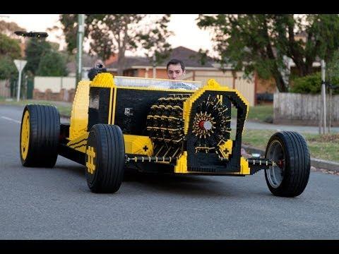 Lego automobil