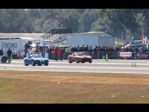 Two Dodge Vipers Race Against Each Other at WannaGOFAST Ocala Florida 2016 Jumbolair