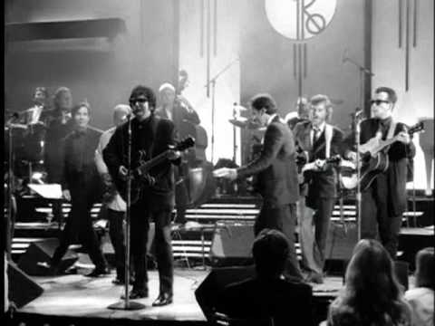 Baixar Roy Orbison - Oh, Pretty Woman (from Black & White Night)