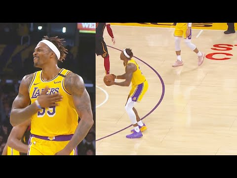 Dwight Howard Shocks Lakers Crowd With 3 Pointer! Lakers vs Cavaliers