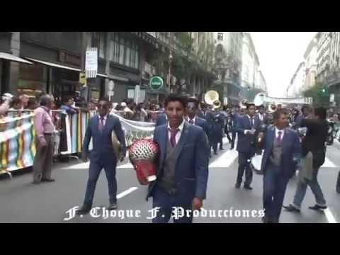 Plaza de Mayo 2014 Banda Proyeccion San Andres con caporales San Simon Argentina