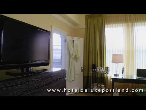 King Feature Hotel Room - Hotel deLuxe Portland