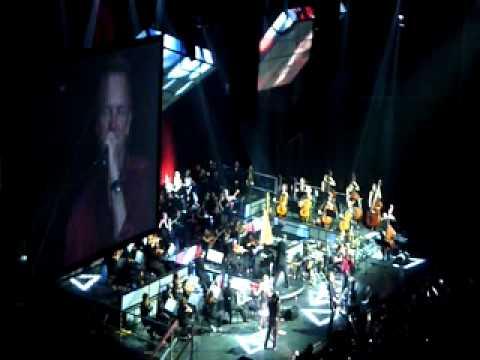 Sting @ Arena 8.11.2010. - Desert rose
