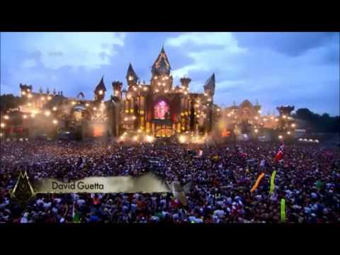 David Guetta - Play Hard (David Guetta @ Tomorrowland Belgium 2015)