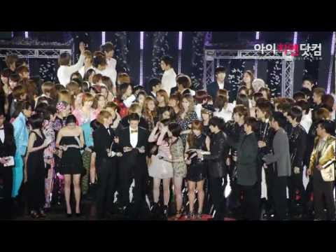[FANCAM] 111231 f(x) - 2011 MBC Korean Music Festival by candleboy