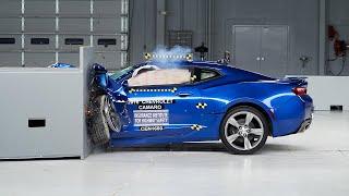 2016 Chevrolet Camaro driver-side small overlap IIHS crash test