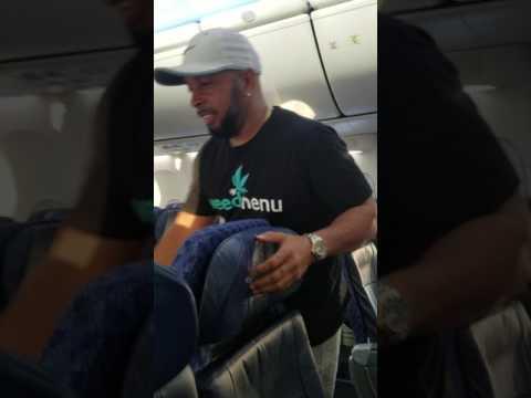 Compton Legend DJ Quik getting dragged off plane