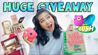 HUGE Holiday Giveaway 2017/ Gift Ideas | JENerationDIY