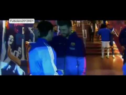 Risas entre los jugadores del Barça y Real Madrid en el túnel de vestuarios * 2015