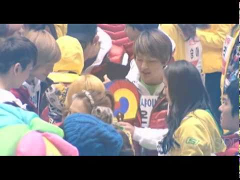 [lunew] f(x) Luna & Onew at Idol Sports Athletic Competition 110123