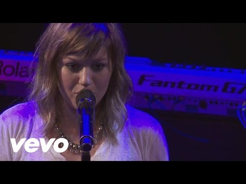 Baixar Kelly Clarkson - Sober (Live From the Troubadour 10/19/11)