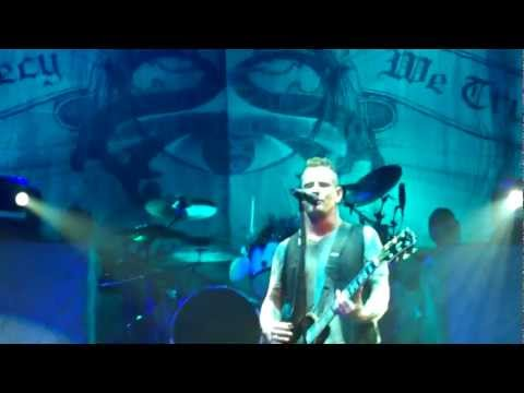 Stone Sour Second Performance of Dying LIVE & Stone Sour Hesitate LIVE