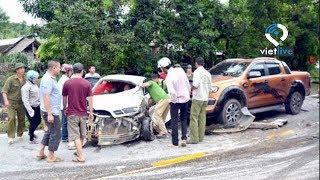 Quan chức đi xe hơi bàn chuyện tai nạn giao thông
