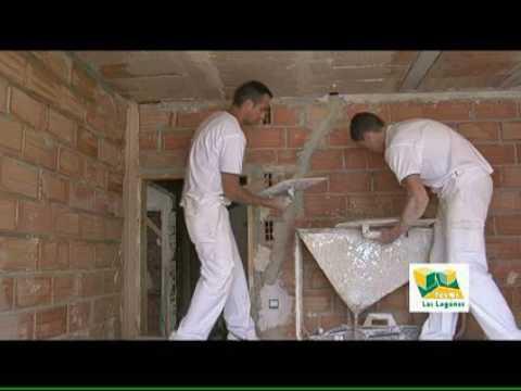 Yesos las lagunas aplicaci n del yeso youtube - Aplicacion de microcemento en paredes ...