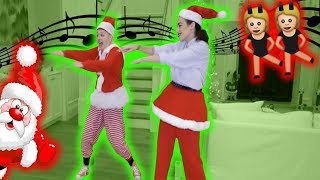 HOLIDAY DANCE BATTLE TO OUR SONGS WITH MIRANDA SINGS! jojo siwa music