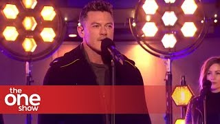 Luke Evans - Love is a Battlefield (Live on The One Show)