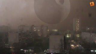 В Белоруссии буря превратила день в ночь