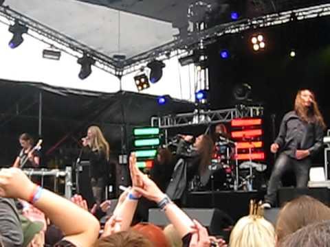 Northern Kings (live) - Take On Me