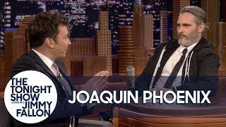 Joaquin Phoenix and Jimmy Fallon Trade Places