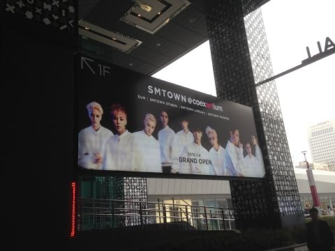 Korea Tour. SM Town @COEX Artium / SM타운 코엑스 아티움 리테일 ★ J at Seoul