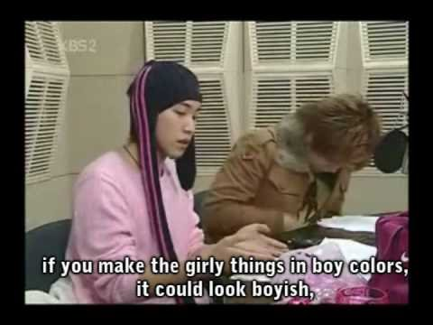 SungMin Showing His Pink Items (eng subs)