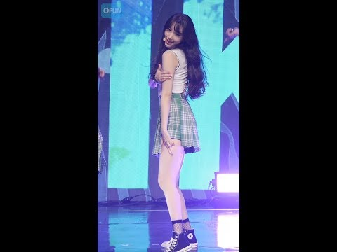 170823 프리스틴 (PRISTIN) - WE LIKE (로아, Roa)  [The 2nd Mini Album 'SCHXXL OUT' Showcase]