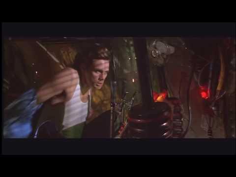 SCENA epica di Ace Ventura quando esce dal posteriore del rinoceronte