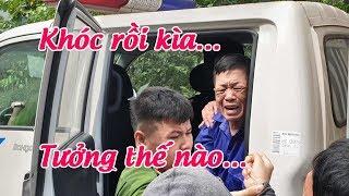"""Trùm bảo kê chợ Long Biên Hưng """"kính"""" khóc nức nở trước phiên xử án"""