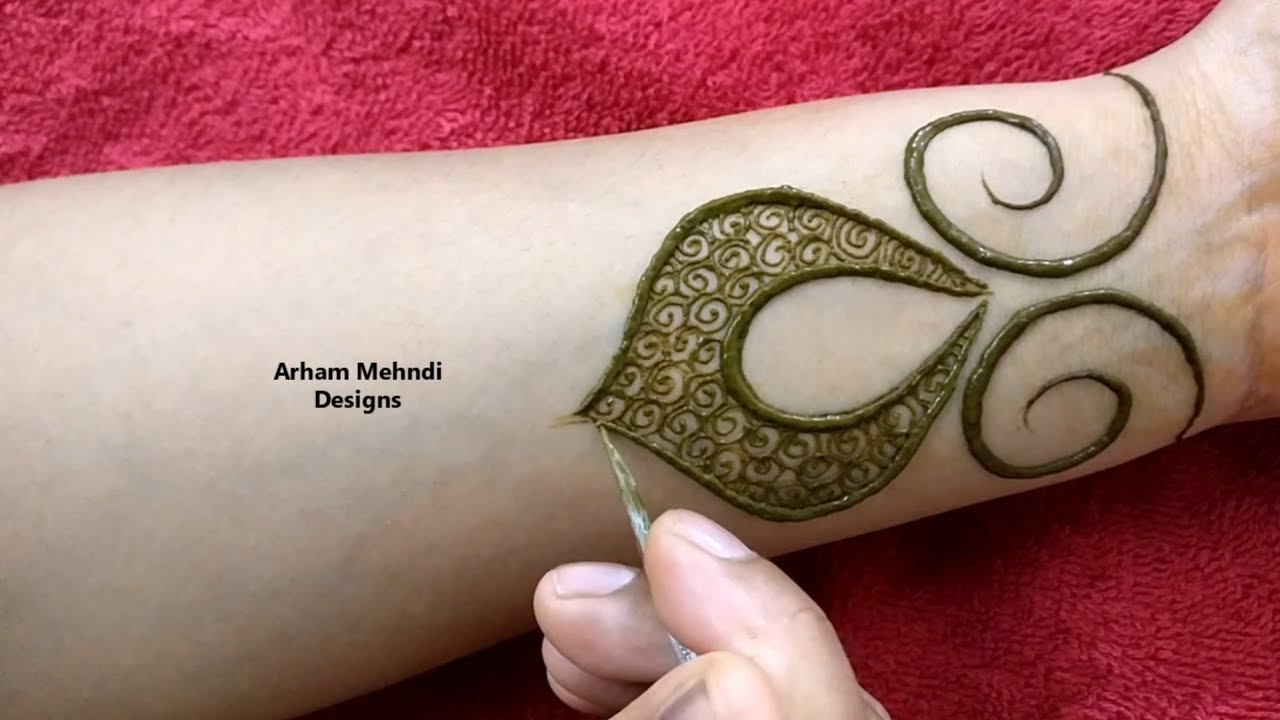 New Stylish And Easy Mehndi Design For Front Hand Arham