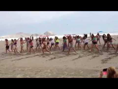 Flashmob en Playa del Sol