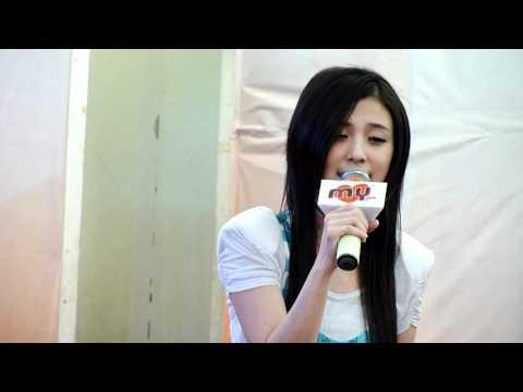 卓文萱-夠了 (Live) 2012.03.04 Batu Pahat Mall 卓文萱作詞