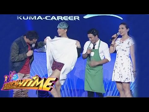 Vice Ganda shows off his flawless legs on It's Showtime