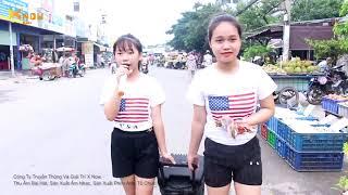 Hai Chị Em Hát Rong Siêu Dễ Thương Khiến Cả Chợ Phát Mê - Đường Tím Bằng Lăng - Hà Vi