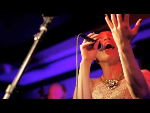 Little Dragon - After the Rain (Live at The Pagoda)