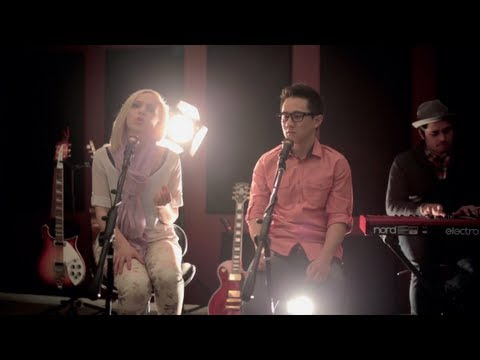Baixar Stay - Rihanna & Mikky Ekko (Madilyn Bailey and Jason Chen Cover)