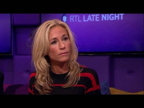 Trouwjurk wendy van dijk rtl late night