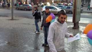 Vînd baloane colorate… pentru țigări. Pseudocaritate